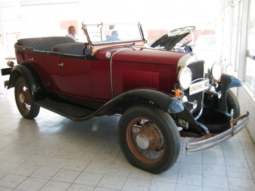 Chevrolet 1930-Phaeton Convertible in Carnarvon